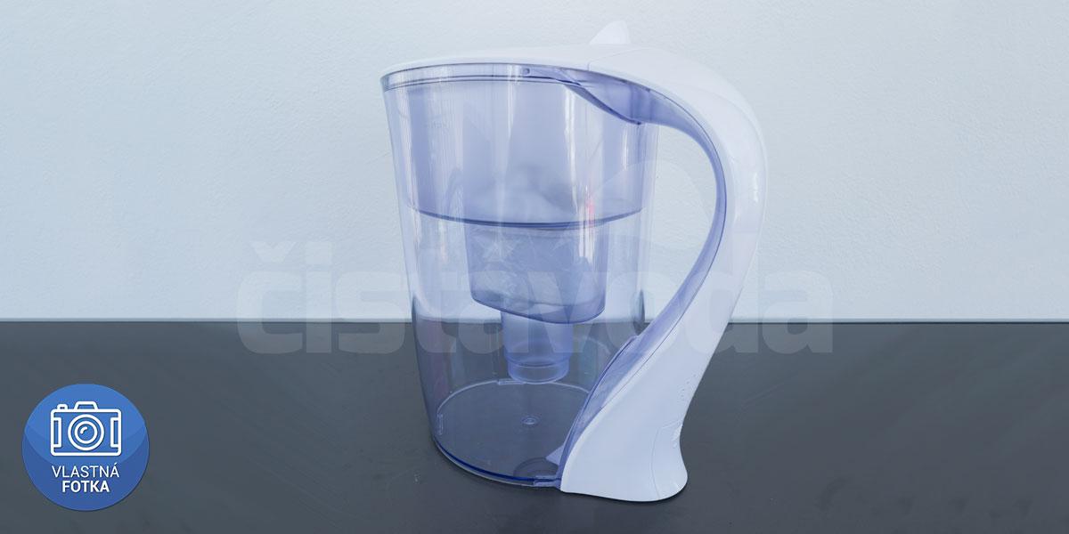 Konvice s filtrem na vodu
