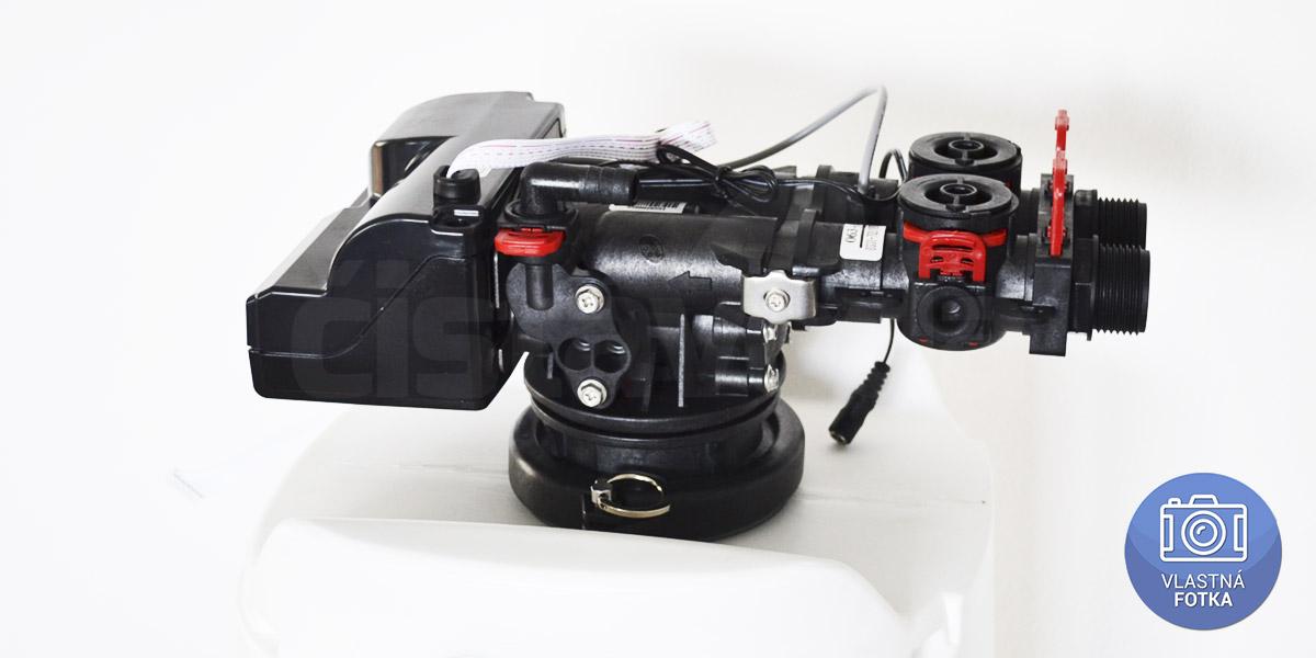 Riadiaca hlavica uhlíkového filtra