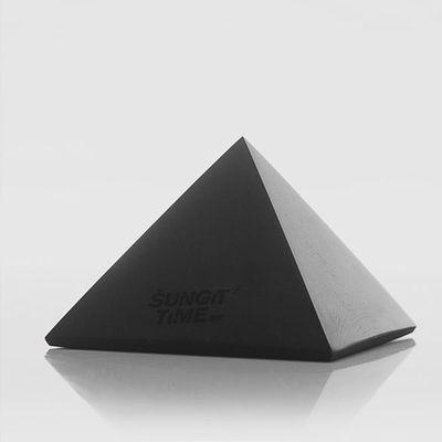 Šungitová pyramída - rádius 1,6m